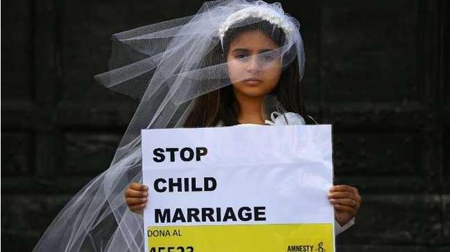"""غضب شعبي في العراق بسبب """"سلب حقوق المرأة"""""""