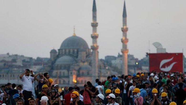 دراسة: تراجع نسبة البطالة في تركيا بنسبة 2.3 في المئة خلال ديسمبر 2017 384038022